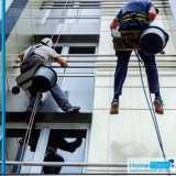 limpeza de fachada em altura